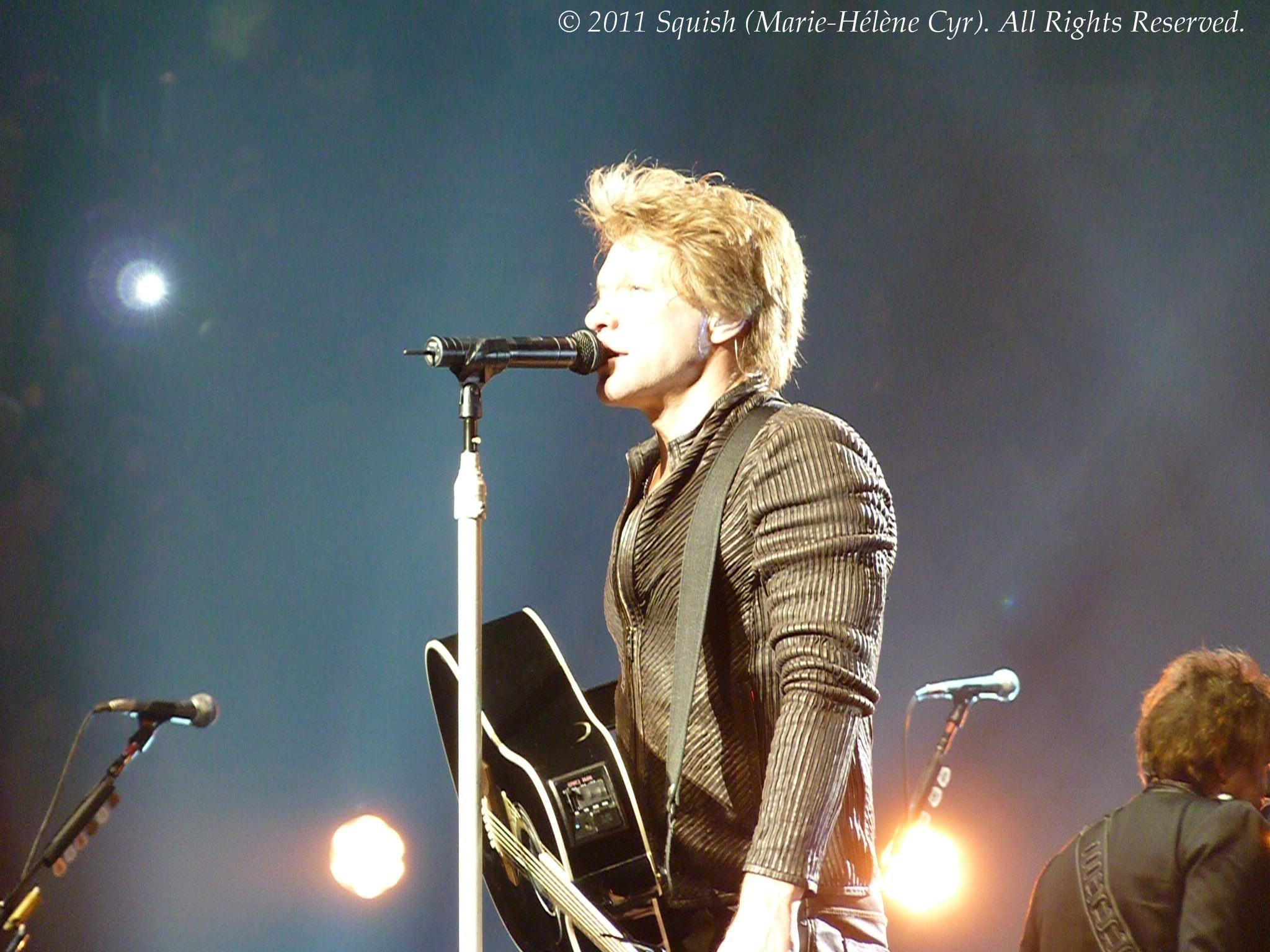 Bon Jovi - Bell Centre, Quebec, Canada (February 18, 2011)